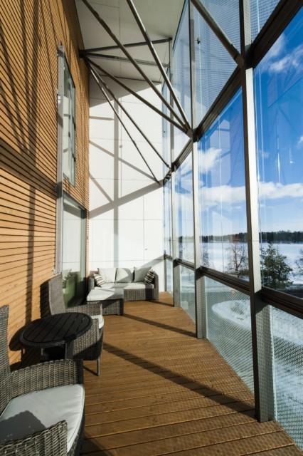Unihome - Aalto Inn - kaksio parvella ja parvekkeella