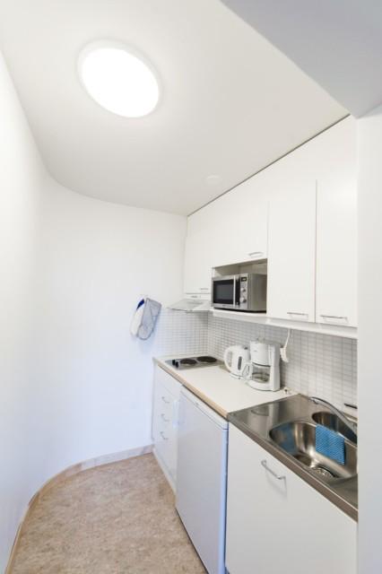 Unihome - Töölö Towers - Standard Studio