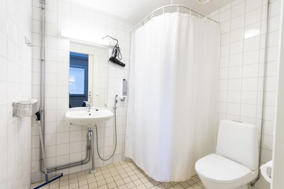 Unihome - Töölö Tower - Furnished twin studio 1mh, 46 m2